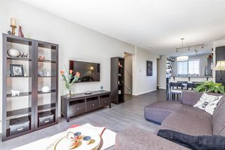 Photo 5: 62 Kinlea Common NW in Calgary: Kincora Row/Townhouse for sale : MLS®# A1030311
