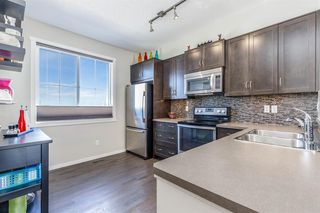 Photo 10: 62 Kinlea Common NW in Calgary: Kincora Row/Townhouse for sale : MLS®# A1030311