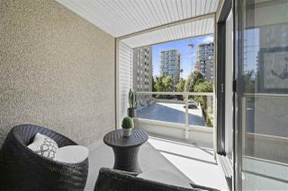 """Photo 19: 406 1080 BROUGHTON Street in Vancouver: West End VW Condo for sale in """"Broughton Terrace"""" (Vancouver West)  : MLS®# R2497773"""