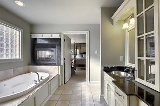 Photo 20: 1401 COUNCIL Way SW in Calgary: Elbow Park Detached for sale : MLS®# A1034858