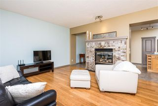 Photo 6: 9907 144 Avenue NW in Edmonton: Zone 27 House for sale : MLS®# E4220736