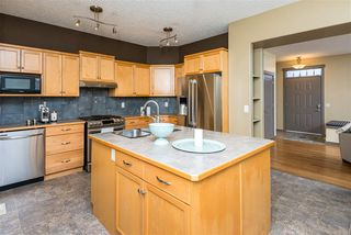 Photo 11: 9907 144 Avenue NW in Edmonton: Zone 27 House for sale : MLS®# E4220736