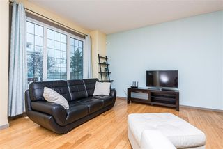 Photo 4: 9907 144 Avenue NW in Edmonton: Zone 27 House for sale : MLS®# E4220736