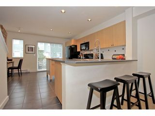 """Photo 5: 41 15168 36TH Avenue in Surrey: Morgan Creek Townhouse for sale in """"SOLAY"""" (South Surrey White Rock)  : MLS®# F1228462"""
