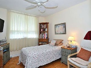 Photo 6: 10 30 Gloucester Street in Toronto: Church-Yonge Corridor Condo for sale (Toronto C08)  : MLS®# C2698064