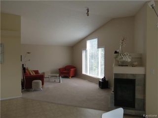 Photo 4: 10 Harding Crescent in WINNIPEG: St Vital Residential for sale (South East Winnipeg)  : MLS®# 1417408