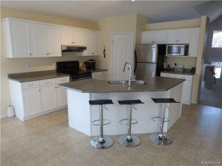 Photo 3: 10 Harding Crescent in WINNIPEG: St Vital Residential for sale (South East Winnipeg)  : MLS®# 1417408