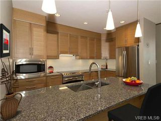 Photo 6: 202 9820 Seaport Pl in SIDNEY: Si Sidney North-East Row/Townhouse for sale (Sidney)  : MLS®# 678193