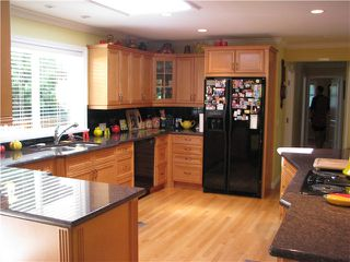 Photo 3: 2661 CEDAR Drive in Surrey: Crescent Bch Ocean Pk. House for sale (South Surrey White Rock)  : MLS®# F1421680