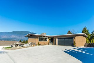 Photo 3: 4901 Northeast Lakeshore Road in Salmon Arm: Raven House for sale (NE Salmon Arm)  : MLS®# 10114374
