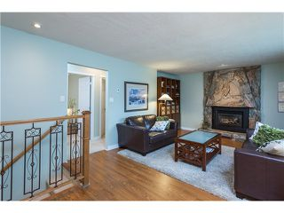 Photo 3: 20880 HUNTER PL in Maple Ridge: Southwest Maple Ridge House for sale : MLS®# V1091221