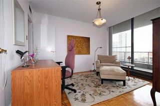 Photo 11: 20 Avoca Ave Unit #1101 in Toronto: Rosedale-Moore Park Condo for sale (Toronto C09)  : MLS®# C3729677