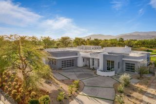 Photo 2: 93 ROYAL ST GEORGE'S Way in RANCHO MIRAGE: Out of Town House for sale
