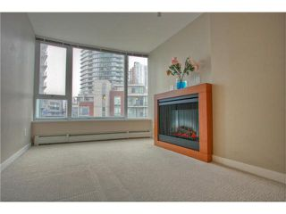 """Photo 3: 603 58 KEEFER Place in Vancouver: Downtown VW Condo for sale in """"FIRENZE"""" (Vancouver West)  : MLS®# R2388936"""
