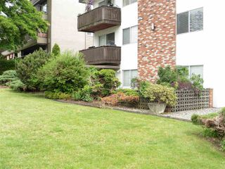 """Photo 16: 110 910 FIFTH Avenue in New Westminster: Uptown NW Condo for sale in """"GROSVENOR COURT"""" : MLS®# R2394482"""