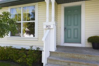 Photo 2: 5923 SOUTH TERWILLEGAR Boulevard in Edmonton: Zone 14 House Half Duplex for sale : MLS®# E4170842