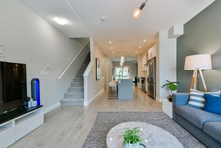 """Photo 4: 90 20498 82 Avenue in Langley: Willoughby Heights Townhouse for sale in """"GABRIOLA Park"""" : MLS®# R2412130"""