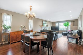 Photo 3: 4620 BOND Street in Burnaby: Forest Glen BS House for sale (Burnaby South)  : MLS®# R2417209