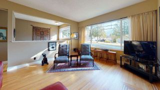 "Photo 2: 2363 THE Boulevard in Squamish: Garibaldi Highlands House for sale in ""GARIBALDI HIGHLANDS"" : MLS®# R2438264"