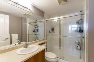 Photo 14: 902-2225 Holdom Ave in Burnaby: Condo for sale (Burnaby North)  : MLS®# R2463125