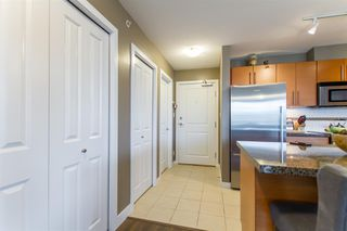 Photo 10: 902-2225 Holdom Ave in Burnaby: Condo for sale (Burnaby North)  : MLS®# R2463125
