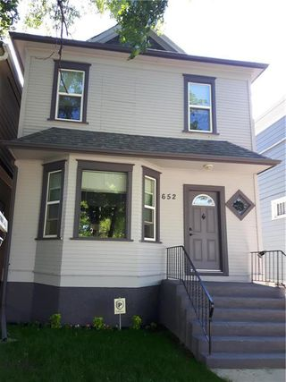 Photo 1: 652 College Avenue in Winnipeg: Residential for sale (4A)  : MLS®# 202012951
