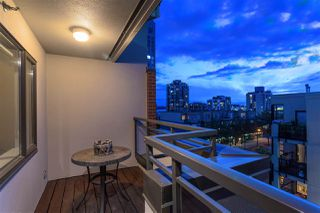 "Photo 16: 504 305 LONSDALE Avenue in North Vancouver: Lower Lonsdale Condo for sale in ""THE MET"" : MLS®# R2463940"