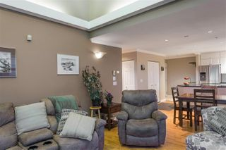 "Photo 10: 504 305 LONSDALE Avenue in North Vancouver: Lower Lonsdale Condo for sale in ""THE MET"" : MLS®# R2463940"