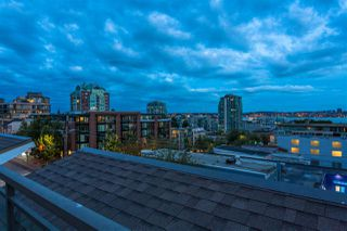 "Photo 24: 504 305 LONSDALE Avenue in North Vancouver: Lower Lonsdale Condo for sale in ""THE MET"" : MLS®# R2463940"
