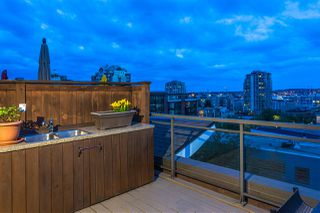 "Photo 25: 504 305 LONSDALE Avenue in North Vancouver: Lower Lonsdale Condo for sale in ""THE MET"" : MLS®# R2463940"