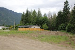 Photo 2: 425 7TH Avenue in Hope: Hope Center Land for sale : MLS®# R2464836
