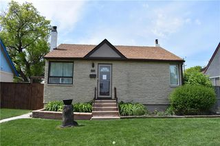 Photo 1: 432 Queen Street in Winnipeg: St James Residential for sale (5E)  : MLS®# 202014070