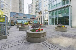 "Photo 19: 1203 1238 MELVILLE Street in Vancouver: Coal Harbour Condo for sale in ""Pointe Claire"" (Vancouver West)  : MLS®# R2488027"