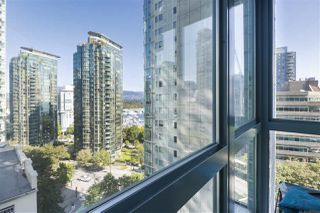 "Photo 11: 1203 1238 MELVILLE Street in Vancouver: Coal Harbour Condo for sale in ""Pointe Claire"" (Vancouver West)  : MLS®# R2488027"
