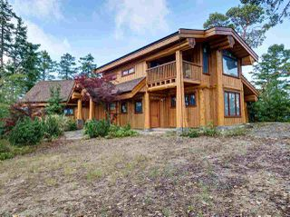 """Photo 2: 14139 MIXAL HEIGHTS Road in Garden Bay: Pender Harbour Egmont House for sale in """"MIXAL HEIGHTS"""" (Sunshine Coast)  : MLS®# R2491690"""