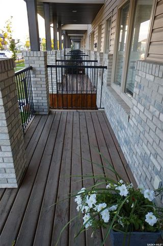 Photo 2: 232 Maningas Bend in Saskatoon: Evergreen Residential for sale : MLS®# SK825833
