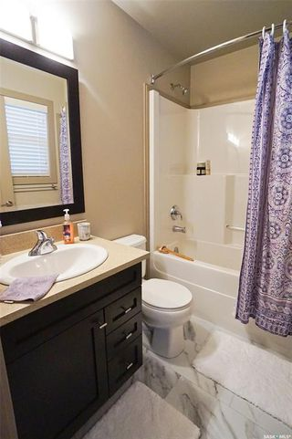 Photo 18: 232 Maningas Bend in Saskatoon: Evergreen Residential for sale : MLS®# SK825833