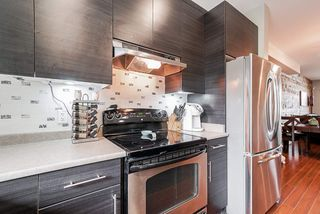 """Photo 10: 36 9525 204TH Street in Langley: Walnut Grove Townhouse for sale in """"TIME"""" : MLS®# R2498962"""