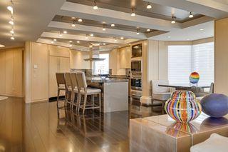 Photo 5: 602 11826 100 Avenue in Edmonton: Zone 12 Condo for sale : MLS®# E4217190