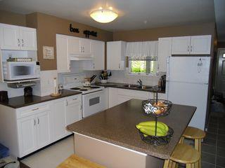"Photo 7: 18 9036 208TH Street in Langley: Walnut Grove Townhouse for sale in ""Hunter's Glen"" : MLS®# F1211739"