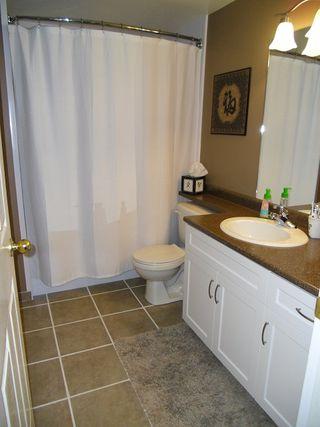 "Photo 24: 18 9036 208TH Street in Langley: Walnut Grove Townhouse for sale in ""Hunter's Glen"" : MLS®# F1211739"