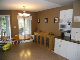 "Photo 8: 18 9036 208TH Street in Langley: Walnut Grove Townhouse for sale in ""Hunter's Glen"" : MLS®# F1211739"