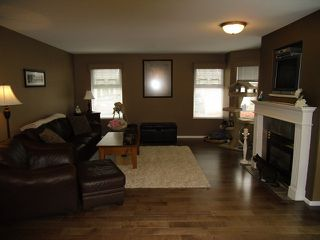 "Photo 13: 18 9036 208TH Street in Langley: Walnut Grove Townhouse for sale in ""Hunter's Glen"" : MLS®# F1211739"