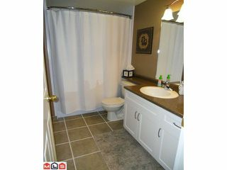 "Photo 36: 18 9036 208TH Street in Langley: Walnut Grove Townhouse for sale in ""Hunter's Glen"" : MLS®# F1211739"
