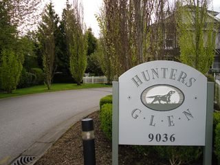 "Photo 2: 18 9036 208TH Street in Langley: Walnut Grove Townhouse for sale in ""Hunter's Glen"" : MLS®# F1211739"