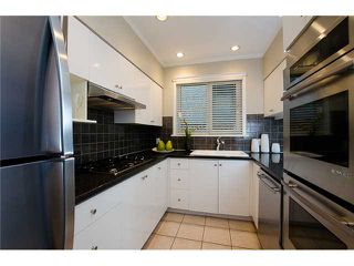Photo 4: 2871 W 16TH Avenue in Vancouver: Kitsilano House 1/2 Duplex for sale (Vancouver West)  : MLS®# V975217
