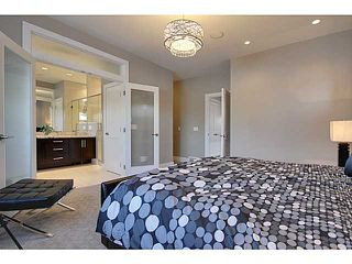 Photo 13: 3332 40 Street SW in CALGARY: Glenbrook Residential Attached for sale (Calgary)  : MLS®# C3548100