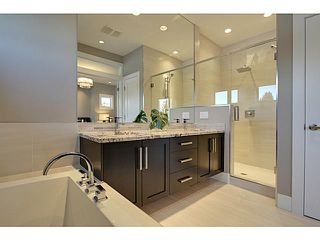 Photo 15: 3332 40 Street SW in CALGARY: Glenbrook Residential Attached for sale (Calgary)  : MLS®# C3548100