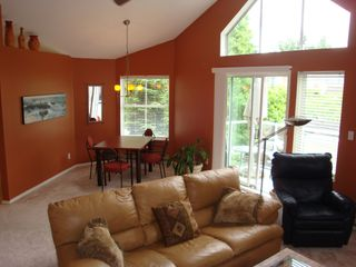 Photo 4: 310 5565 Barker Avenue in Barker Place: Home for sale