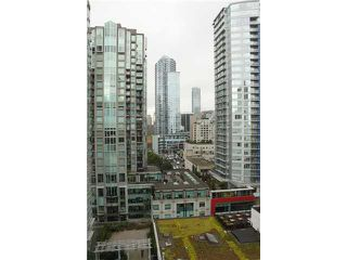 "Photo 8: 1905 867 HAMILTON Street in Vancouver: Downtown VW Condo for sale in ""JARDINES LOOKOUT"" (Vancouver West)  : MLS®# V1077240"